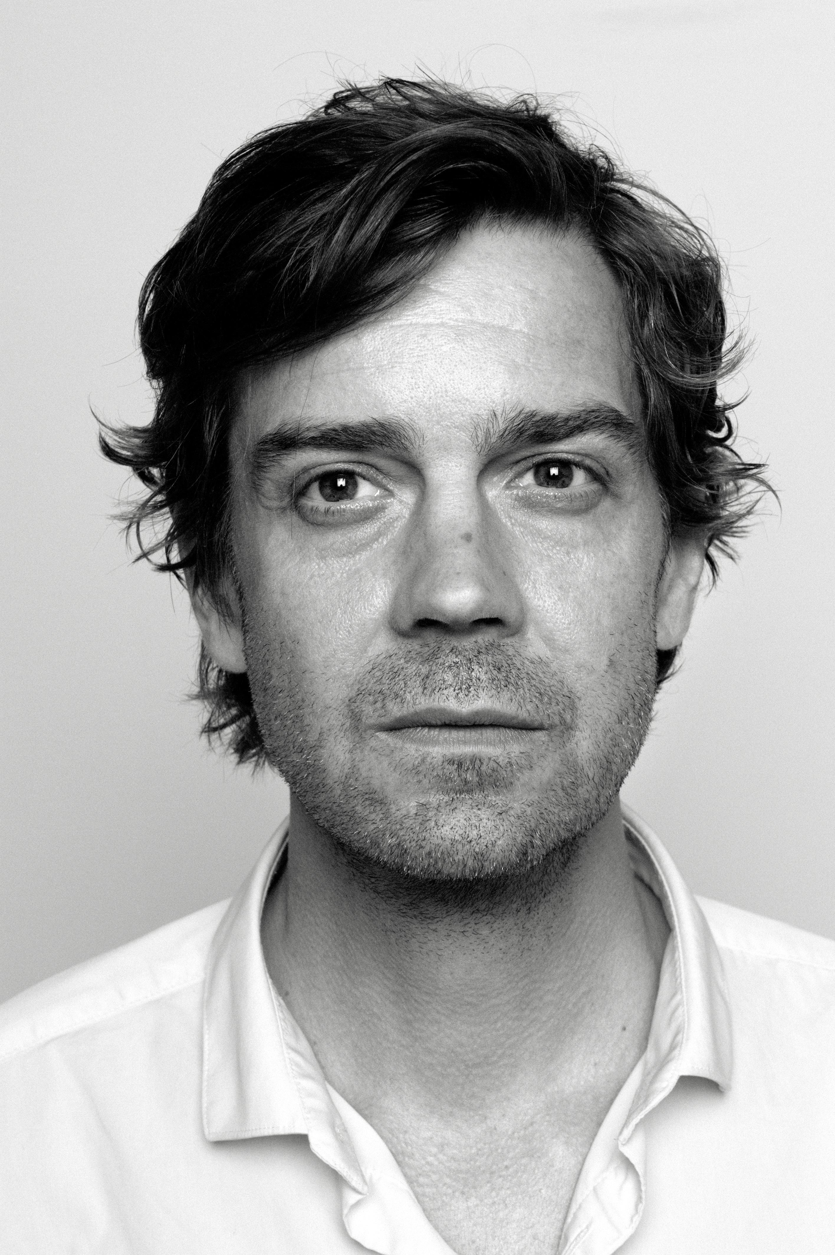 Niels Frevert, Paradies Der Gefälschten Dinge,